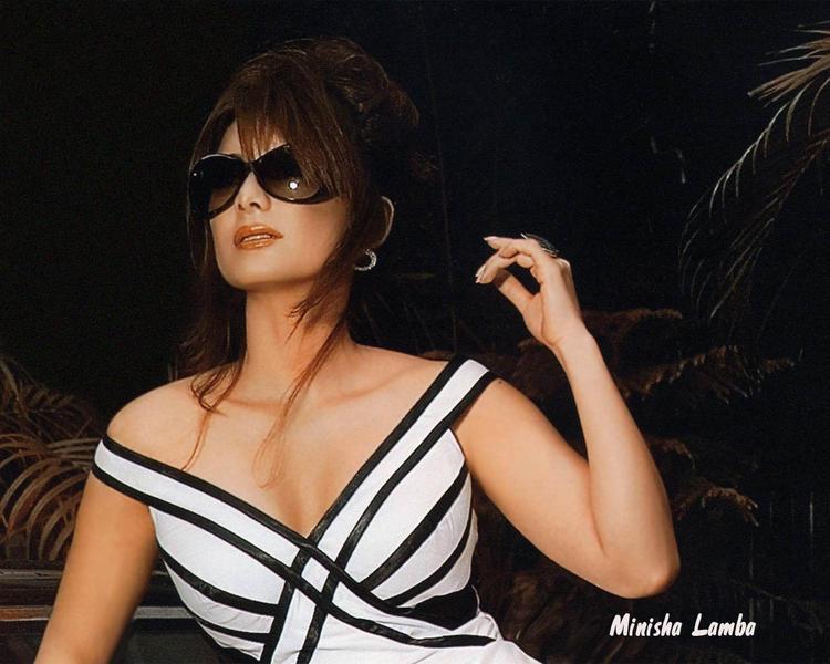 Minisha Lamba Hot Stylist Wallpaper
