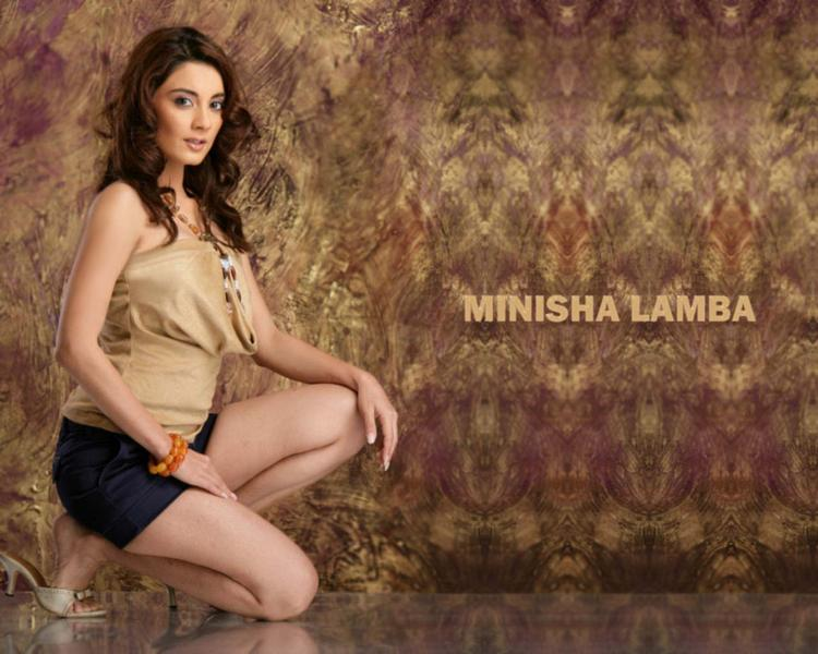 Minisha Lamba Spicy Look Wallpaper