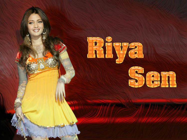 Riya Sen Cute Dress Wallpaper
