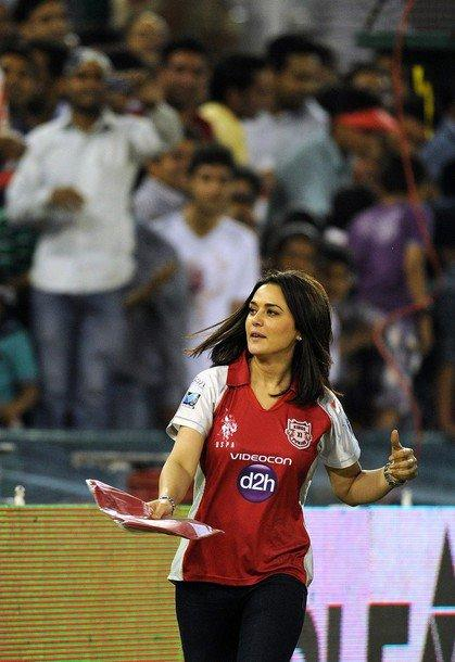 Preity Zinta at Kings XI Punjab VS Pune Warriors Match