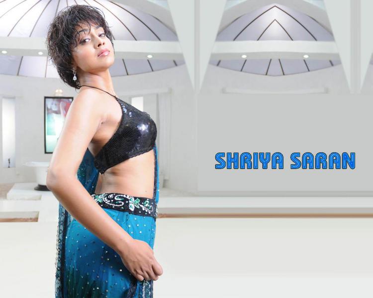 Shriya Saran Rock Hair Style Pic
