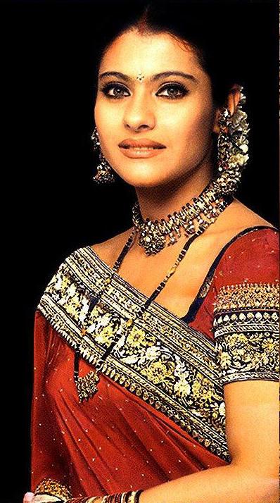 Kajol Devgan Beautiful Face Look Wallpaper