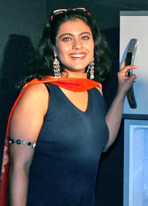 Kajol Devgan Gorgeous Smile Pic