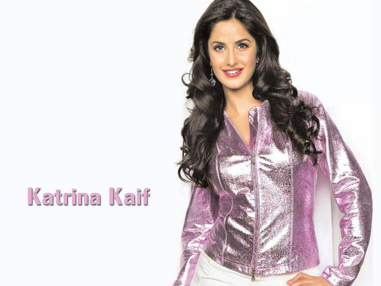 Katrina Kaif Awesome Face Look Wallpaper