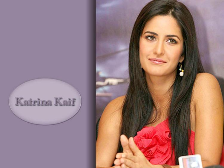 Katrina Kaif Cute Face Wallpaper