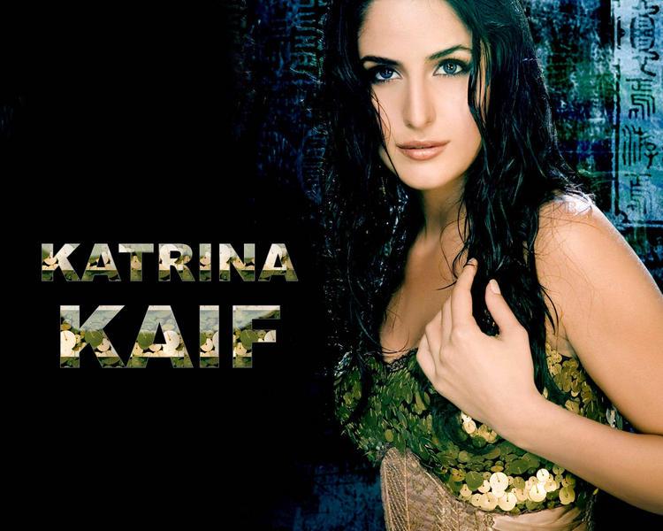Katrina Kaif Latest Sexy Face Wallpaper