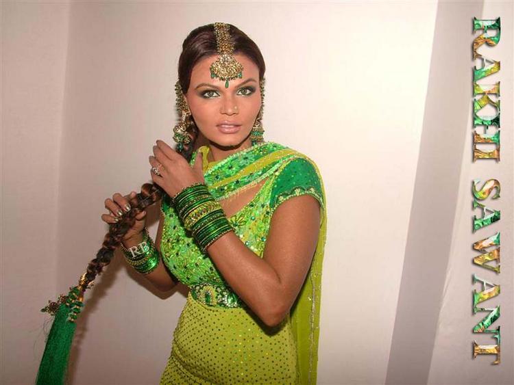 Rakhi Sawant Cute Hair Style Wallpaper