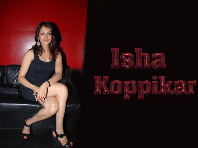 Isha Koppikar Milky Legs Pic