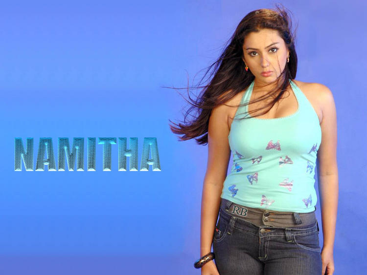 Chubby Actress Namitha Wallpaper