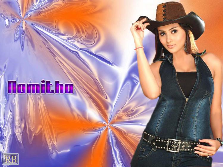 Namitha Cute Hot Pose Wallpaper