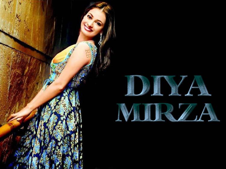 Diya Mirza Beauty Smile Pic