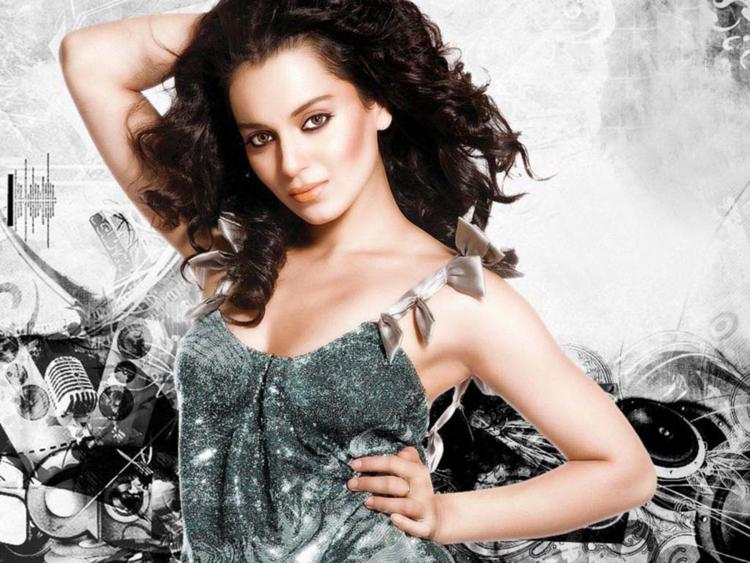 Kangana Ranaut Sexy Romantic Face Wallpaper