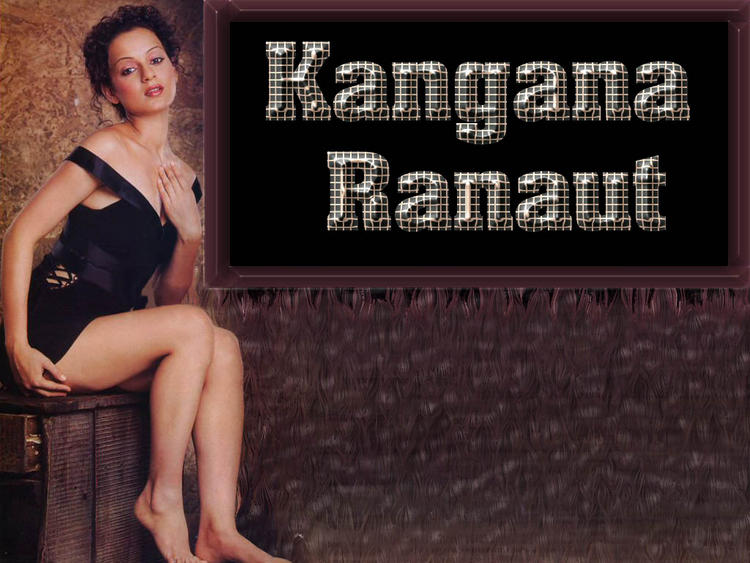 Kangana Ranaut Spicy Pose Wallpaper