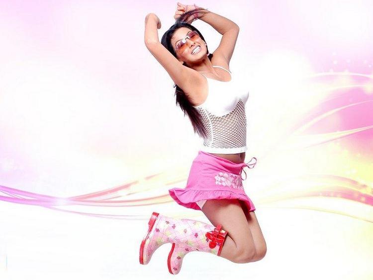 Geeta Basra Showing Pinkskirt