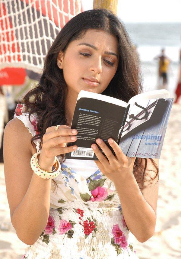 Bhumika Chawla Book Reading Photo