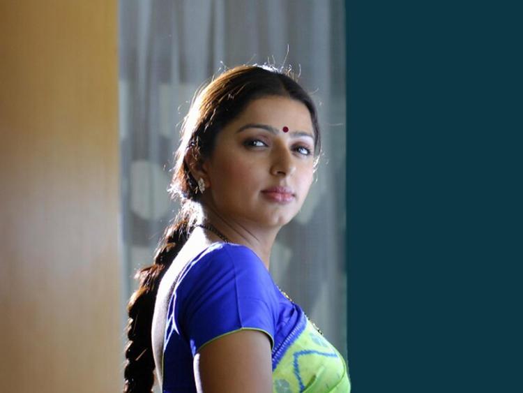 Bhumika Chawla Stunning Face Still