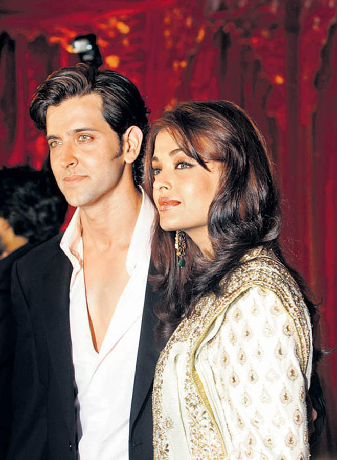 Aishwarya Rai and Hrithik Roshan Gorgeous Still