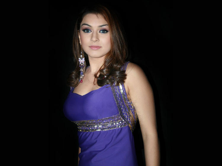 Gorgeous Beauty Hansika Motwani Wallpaper