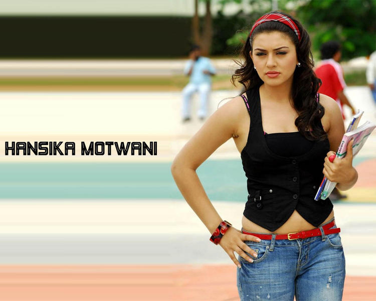 Hansika Motwani Glorious Pic With Short Tops and Jeans