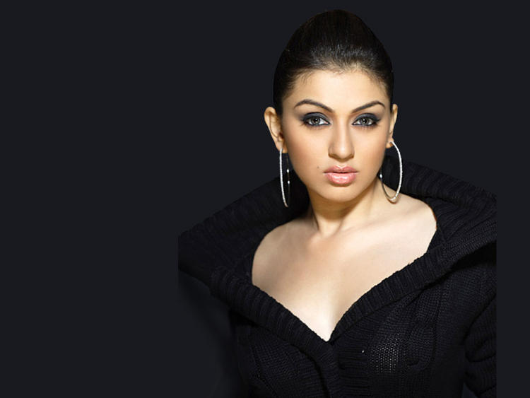 Hansika Motwani Hottest Wallpaper