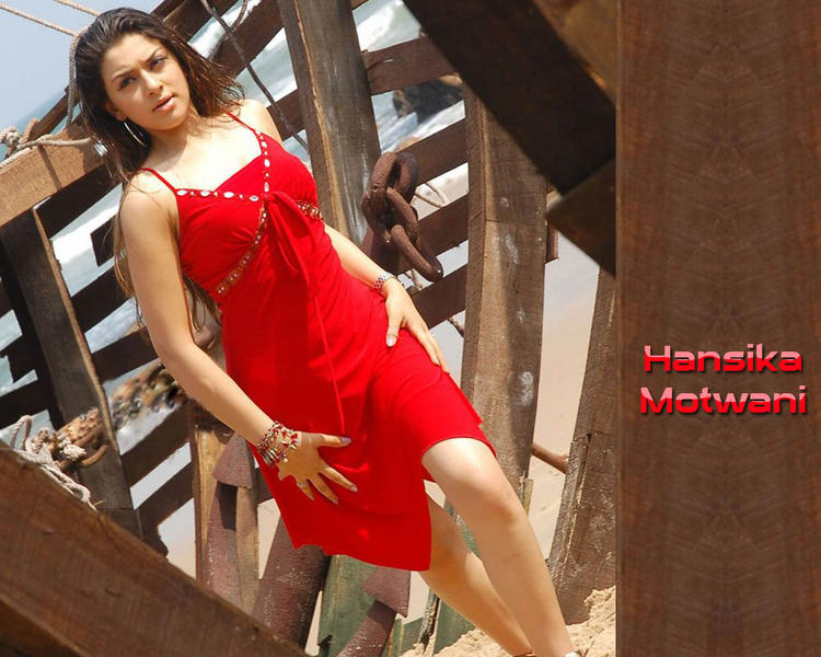 Hansika Motwani Red Hot Wallpaper