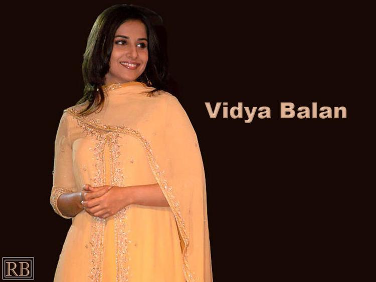 Vidya Balan Beauty Smile Pic