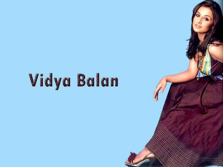 Vidya Balan Spicy look Wallpaper