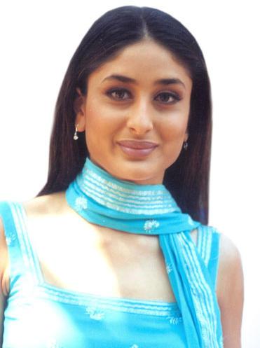 Bubbly Beauty Kareena Kapoor Still