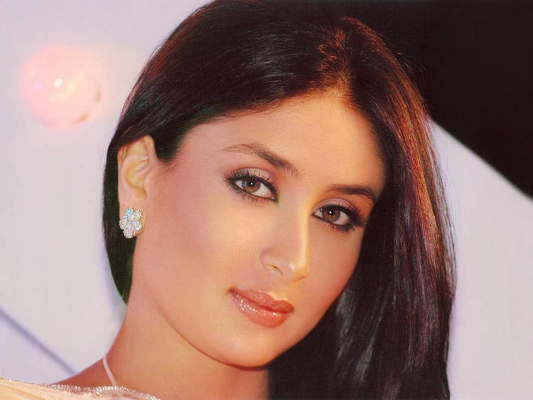Kareena Kapoor Cool Nice Look Pic