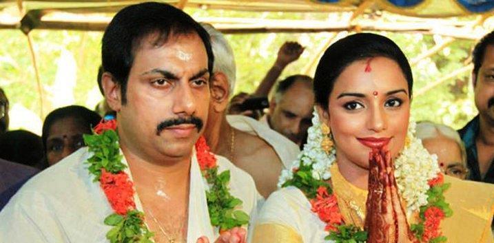 Swetha Menon Wedding Photo With Sreevalsan Menon