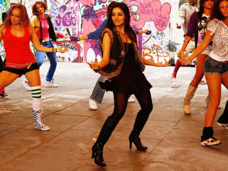 Asin Thottumkal Sexy Dance Still