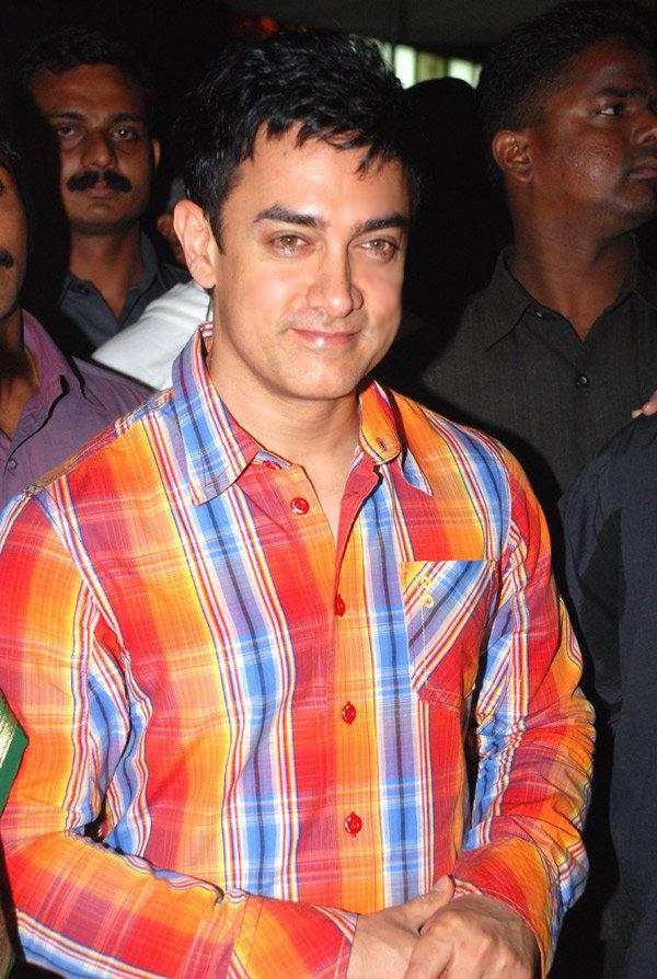 Aamir Khan Beauty Smile Pic