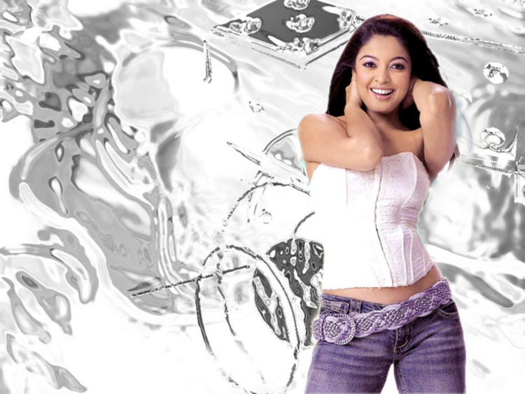 Tanushree Dutta Sexy Looks With White Tops and Jeans