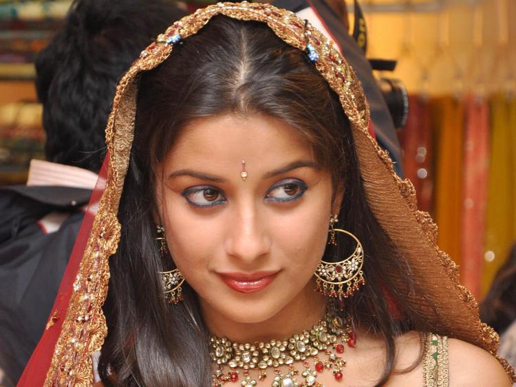 Madhurima Banerjee Beautiful Eyes Sexy Look