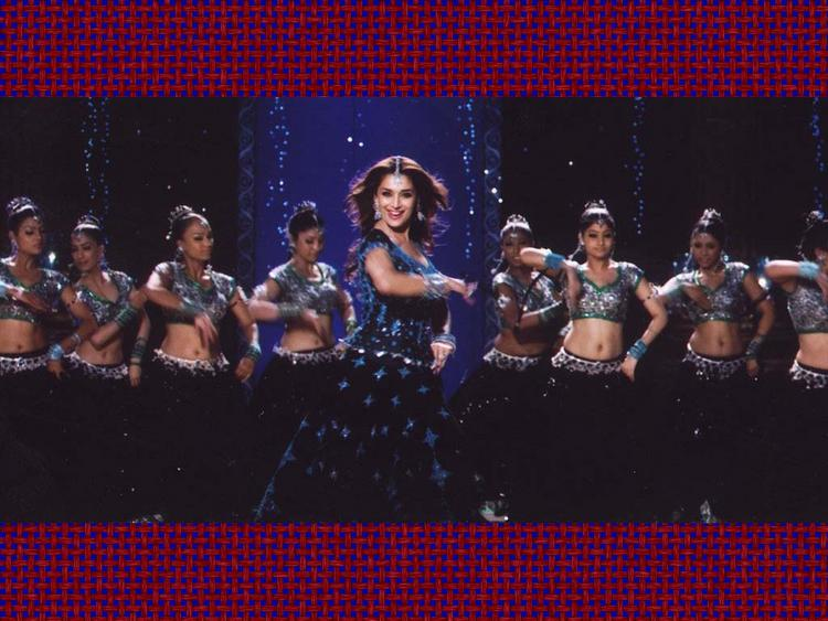 Madhuri Dixit Sexy dance Still