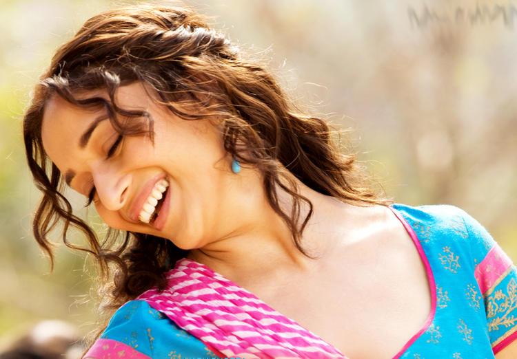 Madhuri Dixit Sweet Stunning Pic