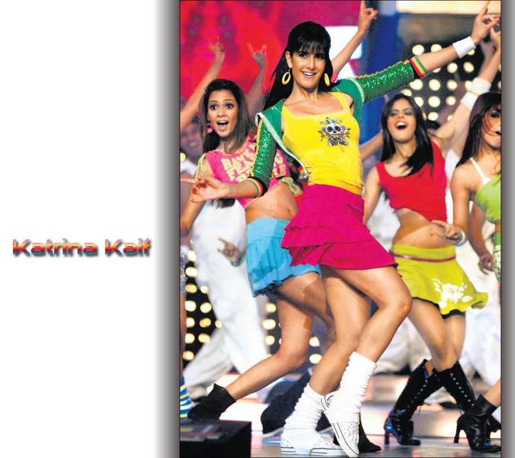Katrina Kaif Sexy Dance In Mini Skirt