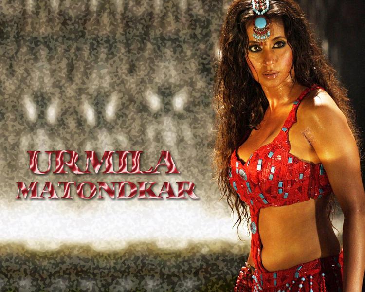 Urmila Matondkar Hot Look With Curly Hair