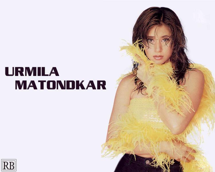 Urmila Matondkar Latest Sexiest Wallpaper