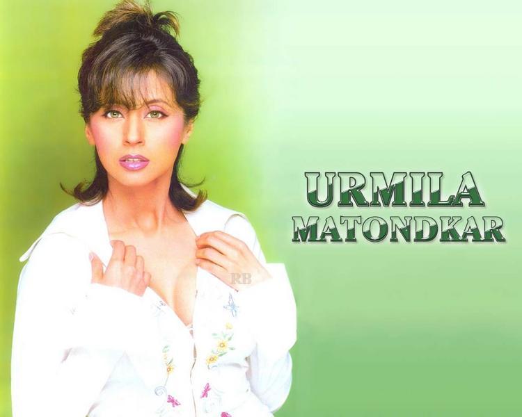 Urmila Matondkar Rock Hair Style Wallpaper