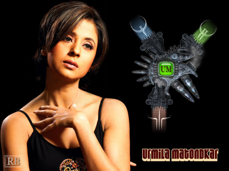 Urmila Matondkar Short Hair Sexy Wallpaper