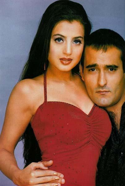 Akshay and Amisha Sexy Still