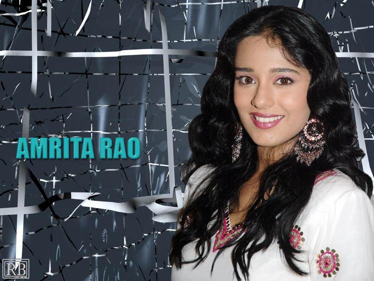 Amrita Rao Beautiful Smile Face Wallpaper