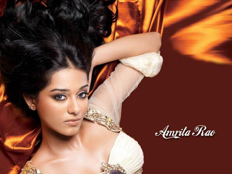 Amrita Rao Latest Hot Wallpaper