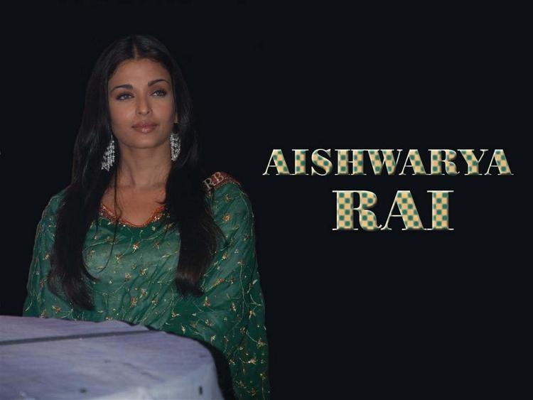 Aishwarya Rai Cool Look Wallpaper