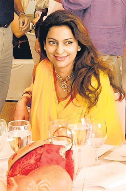 Juhi Chawla Beauty Smile Pic