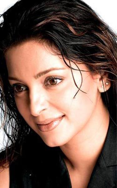 Juhi Chawla Sexy Face Look