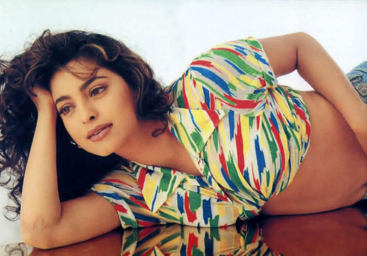 Juhi Chawla Spicy Photo