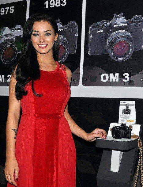 Amy Jackson Launches Olympus OM-D Camera