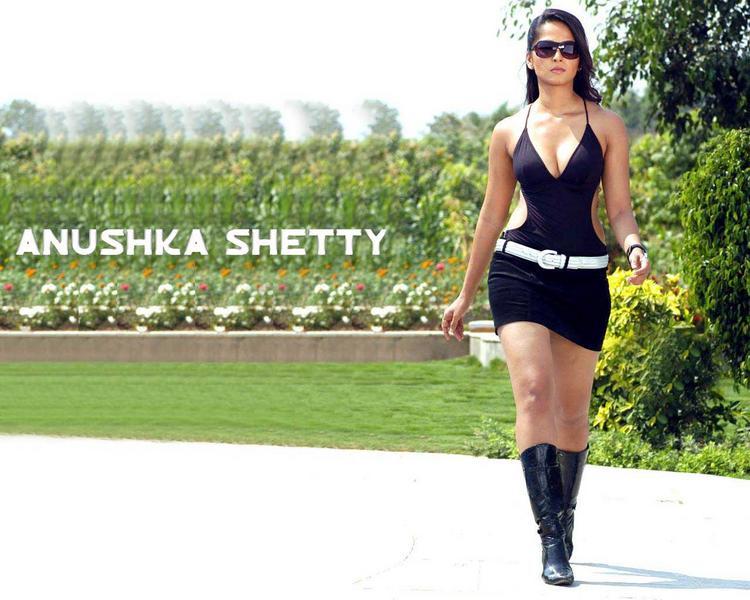 Anushka Shetty Hot Stylist Wallpaper
